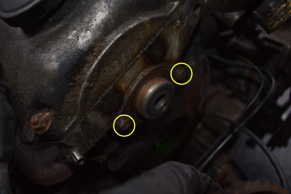 E30 Camshaft Seal Replacement -